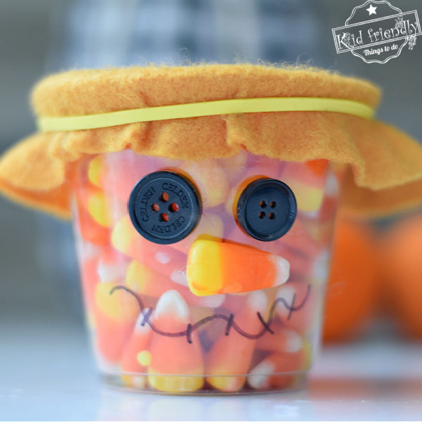 Plastic Cup Scarecrow Craft & Treat Holder | Kid Friendly Things To Do
