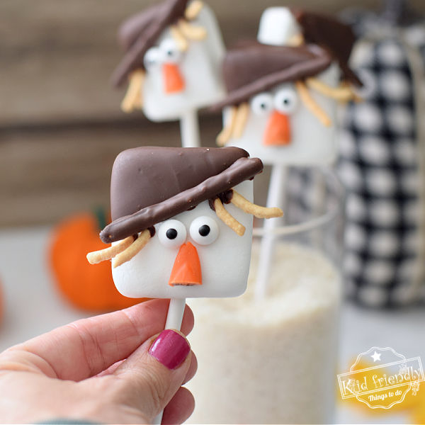 Scarecrow Marshmallow Pops {Thanksgiving Treat}   Kid Friendly Things To Do